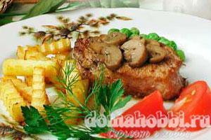 Бифштекс с грибами