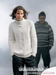 Белый пуловер с ирландскими узорами