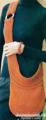 Стильная вязаная сумка на длинном ремне