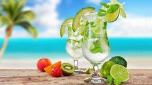 Лето: пора освежающих напитков